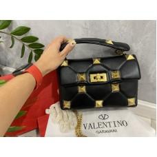Стильная женская сумка Valentino цвет черный 2215