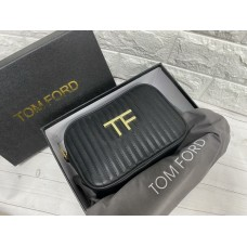 Невероятно стильная сумочка Tom Ford реплика полный комплект 2230