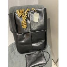 Стильная женская сумка в стиле Bottega Veneta в черном цвете арт 0464