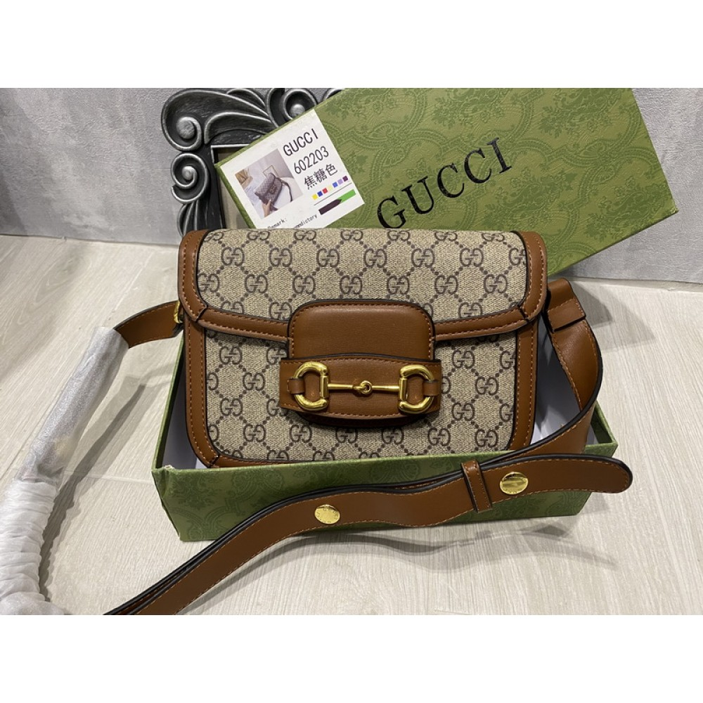 Стильная сумка Gucci в полном комплекте 2219