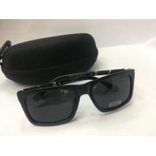 Солнцезащитные очки Hugo Boss черные 1209