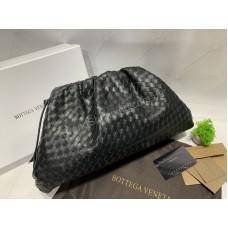 Стильная женская сумочка клатч Bottega Venetta в черном цвете  арт 20411