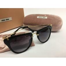 Солнцезащитные женские очки Miu Miu черные 1260