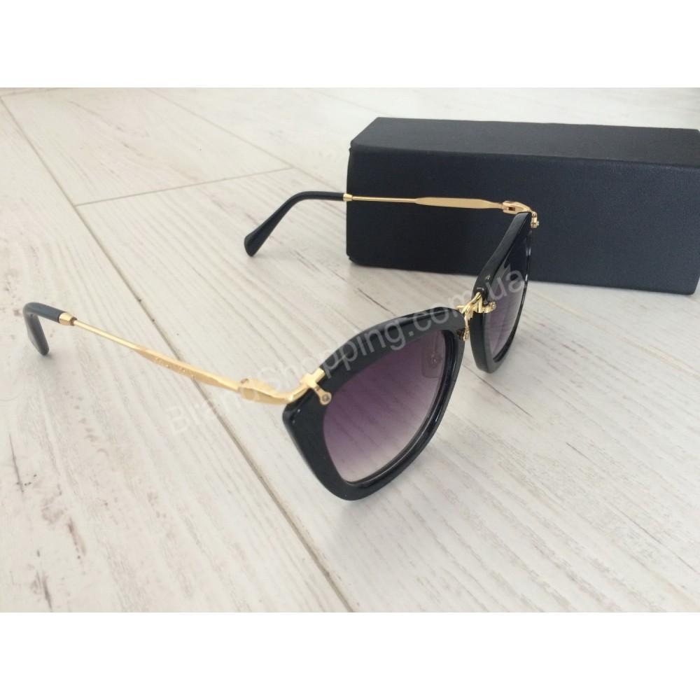Стильные солнцезащитные очки Miu Miu 0191