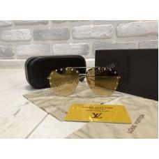 NEW 2018!!Очки солнцезащитные  Louis Vuitton в полном комплекте  1749