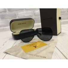 NEW 2018!!Очки солнцезащитные  Louis Vuitton в полном комплекте  1751
