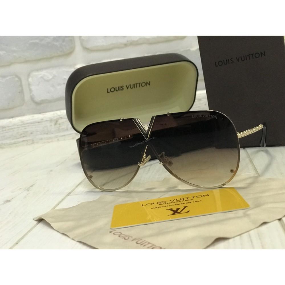 NEW 2018!!Очки солнцезащитные  Louis Vuitton в полном комплекте  1752