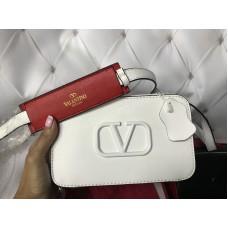 Сумочка Valentino реплика натуральная кожа в белом цвете арт 20510