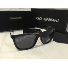 Солнцезащитные очки Dolce&Gabbana Lux в матовой чёрной оправе 9167O