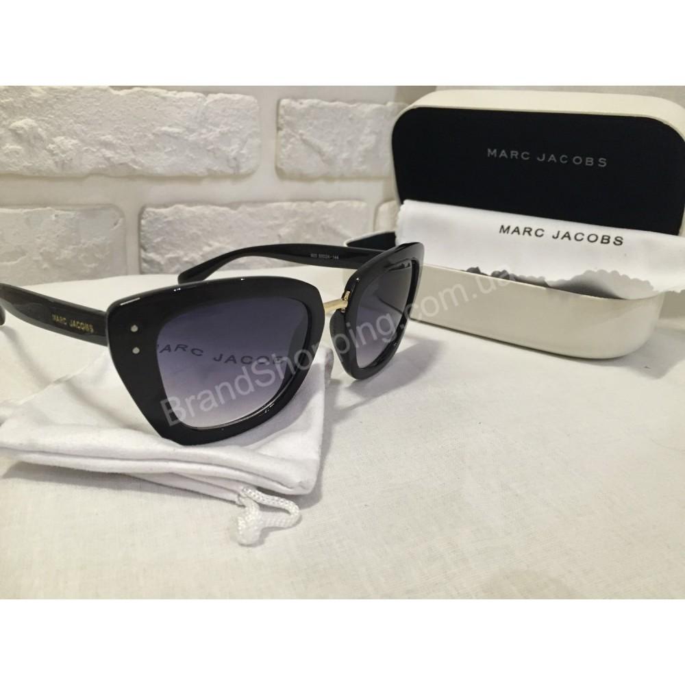Солнцезащитные очки Marc Jacobs черные  925O