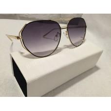 Солнцезащитные очки Black с золотыми дужками 5848B