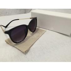 Солнцезащитные очки чёрные с золотистыми дужками 0134
