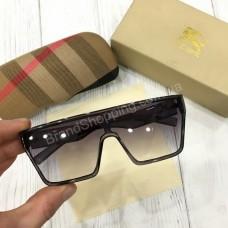 Стильные очки Burberry в полном комплекте арт21473