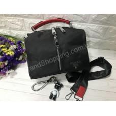 Сумочка-рюкзак  Prada реплика с брелком  арт 20592