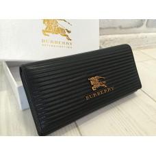 Кожаный кошелек черный Burberry 0447
