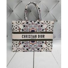 Женская сумка Dior Book Tote реплика с номерным знаком арт 20514